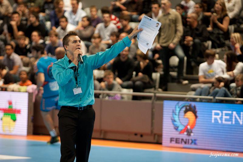Yoan speaker pour le fenix toulouse handball