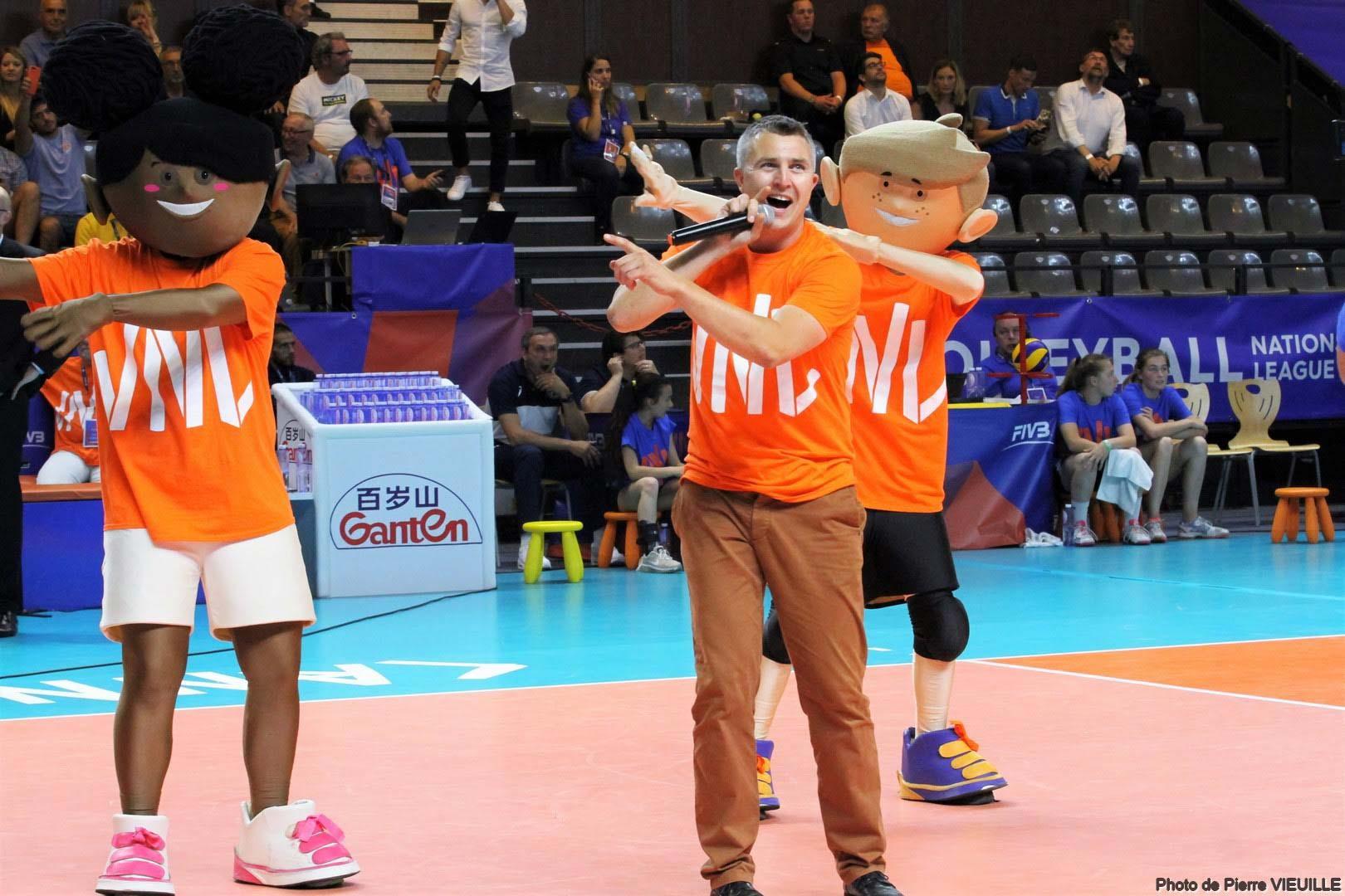 Yoan ambianceur pour l'Equipe de France de Volley