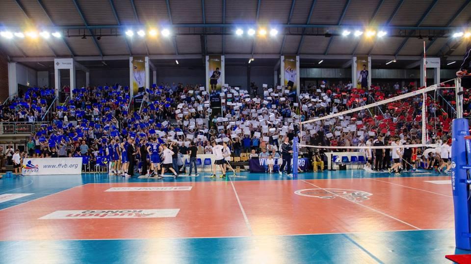 Yoan, ambianceur pour les Equipes de France de volleyball