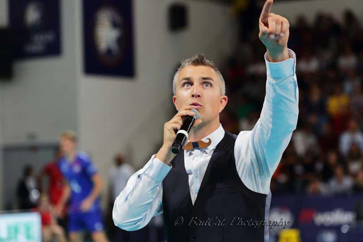 Yoan, speaker et ambianceur de l'EuroVOlley 2019