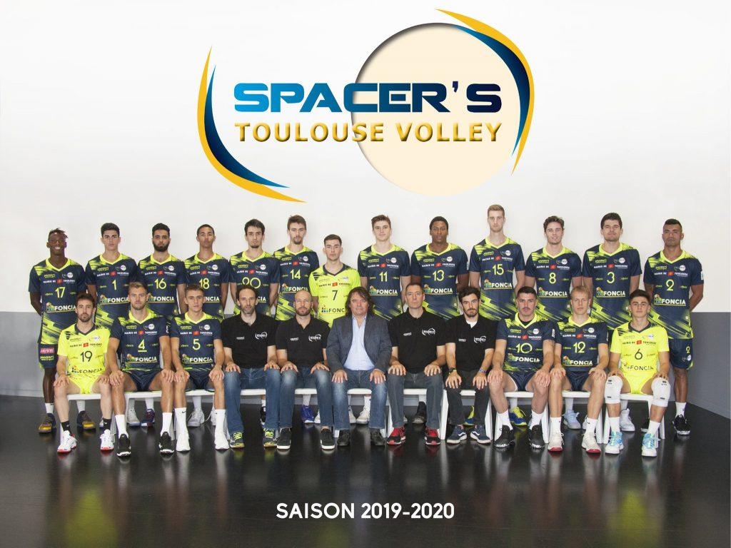 L'équipes des Spacer's Volley Toulouse dont Yoan est le speaker