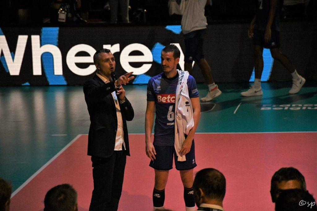 Yoan avec Benjamin Toniutti après un match de l'Equipe de France de Volley
