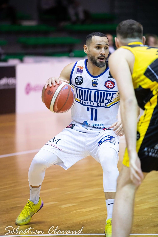 Yoan ambianceur pour le Toulouse Basket Club