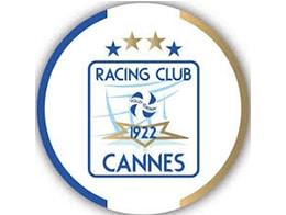 Yoan, ambianceur pour le RC Cannes Volley
