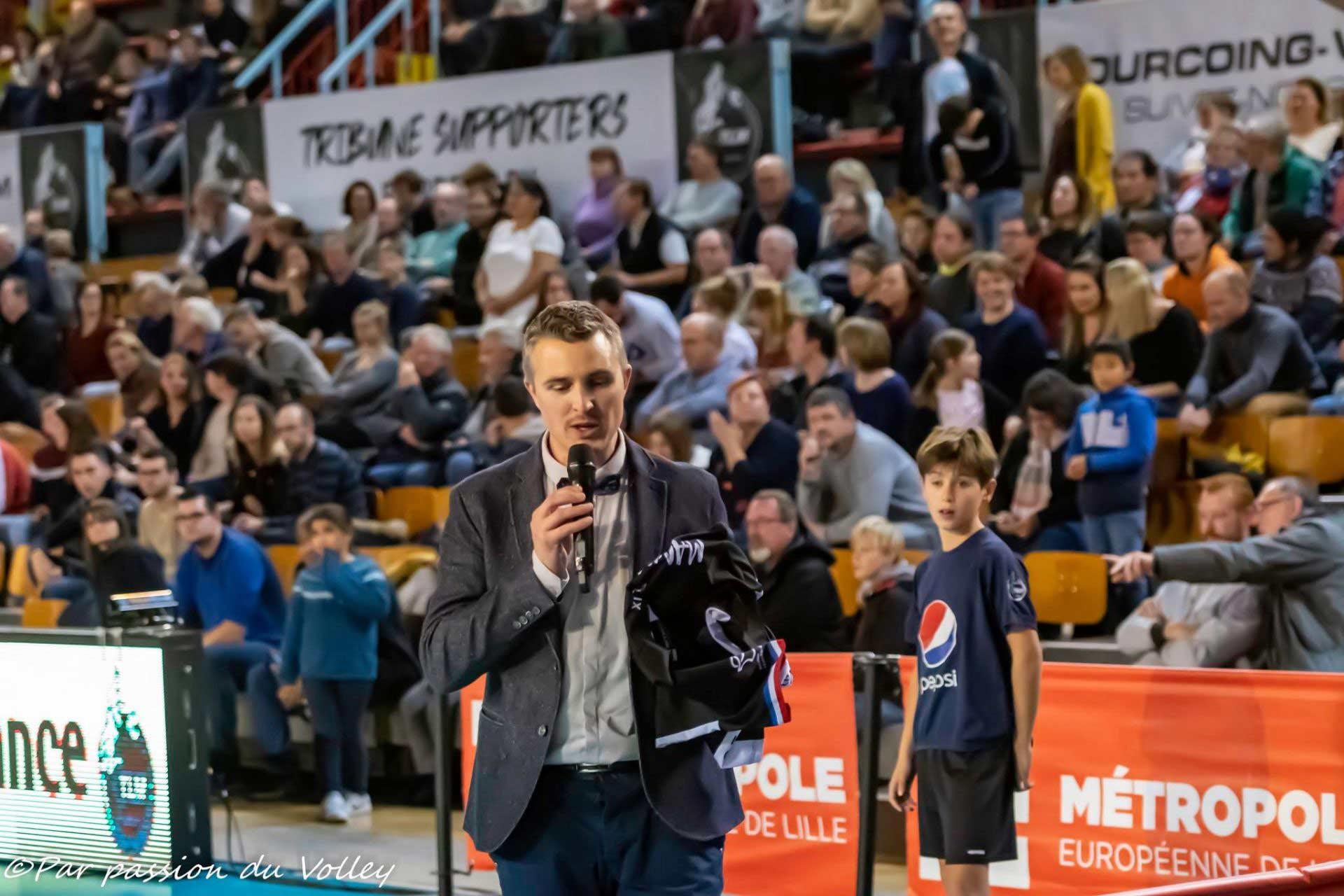 Yoan, ambianceur pour le Fenix Toulouse Handball