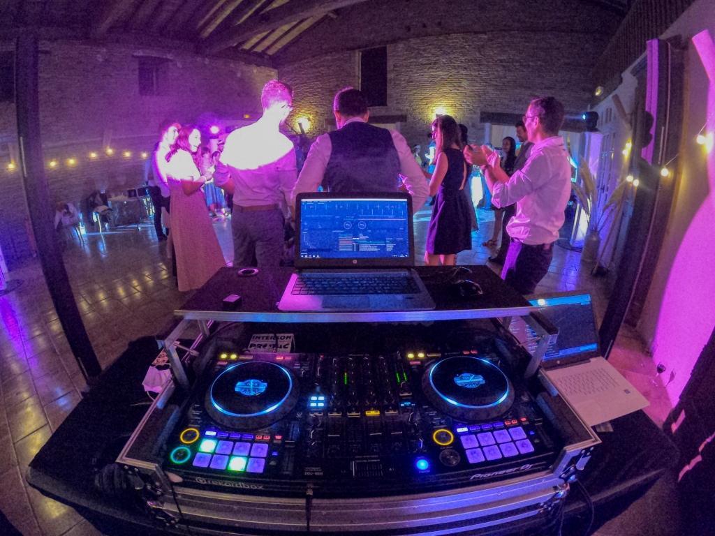Animateur DJ de soirées de mariage