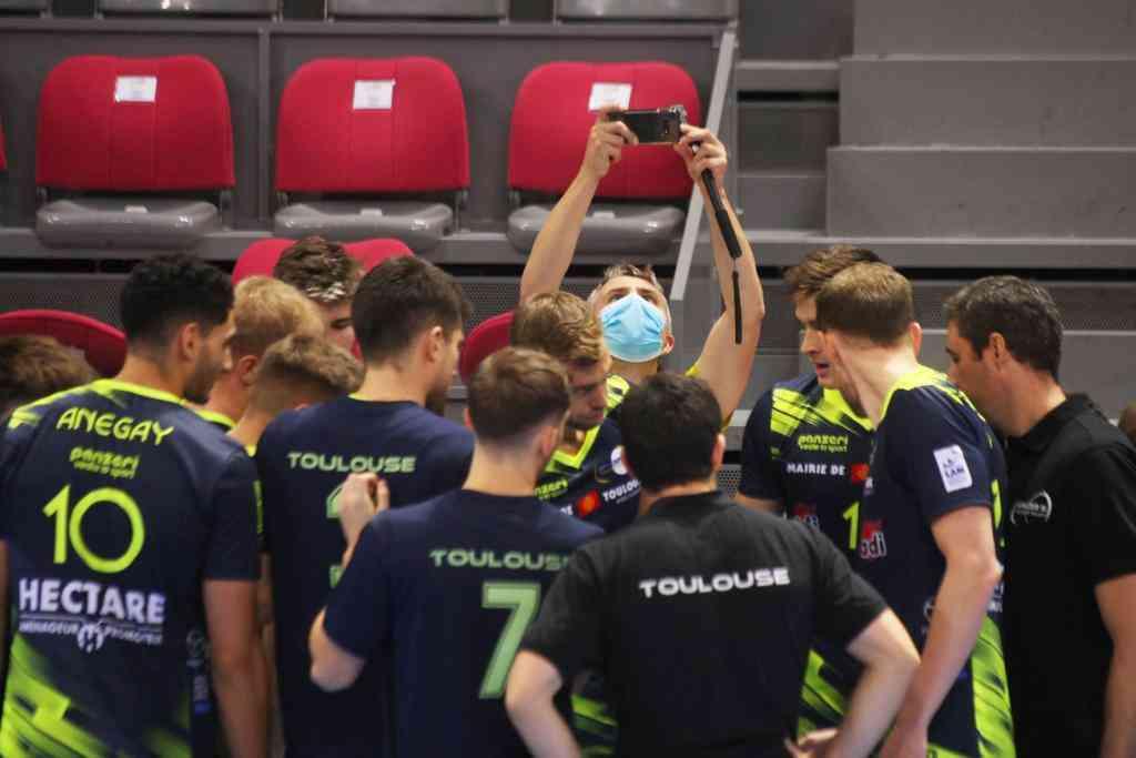 Animateur Live Facebook pour les Spacer's Volley Toulouse