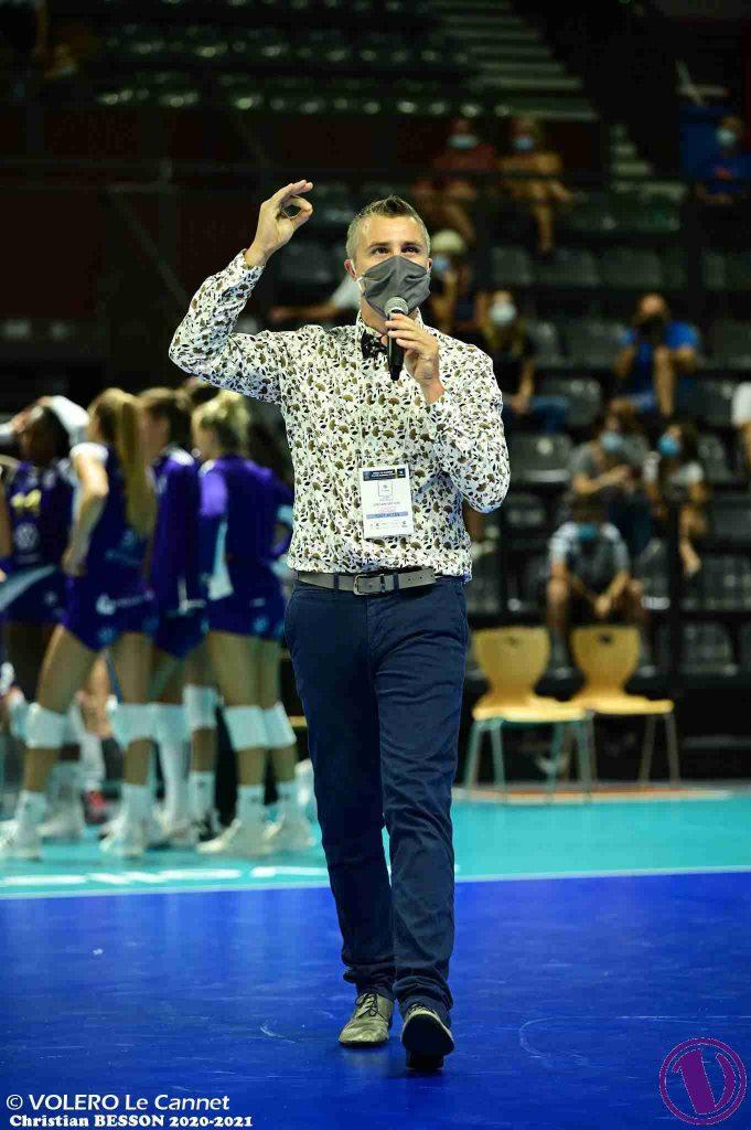 Yoan, ambianceur et DJ officiel de la Fédération Française de volley