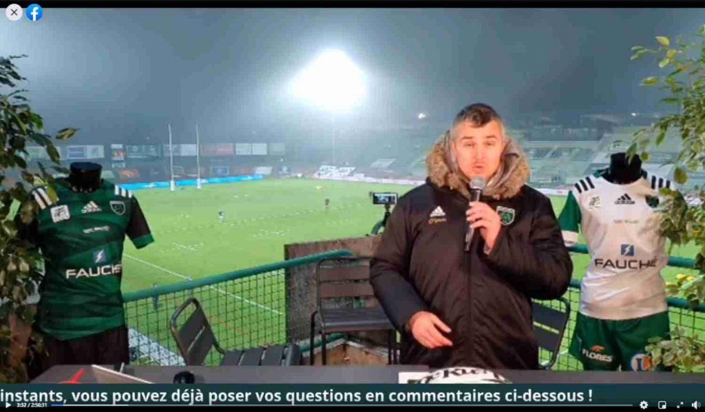 Yoan, commentateur sportif pour l'US Montauban Sapiac rugby TV émission live pour événement