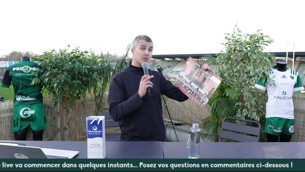 Animateur de l'émission en direct du rugby à Montauban