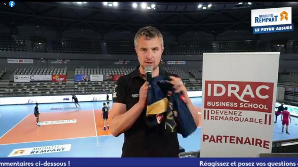 Yoan, présentateur émission avant match Volleyball à Toulouse